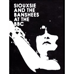 SIOUXSIE AND BANSHEES AT